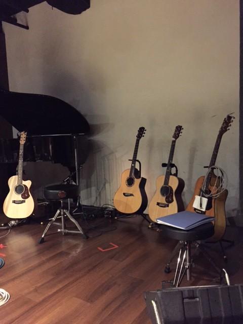 今池パラダイスギター